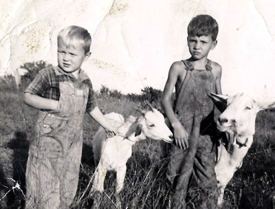 """1939 Viola, AR Bobby Joe Walker, """"Billy"""" The goat and Pete Day"""