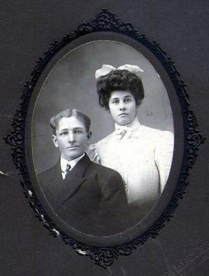 Betty's parents, Robert Lee & Cordelia Tolliver about 1908