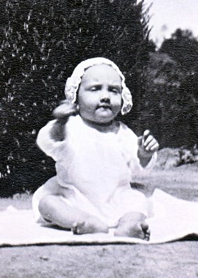 Ora - Baby picture 1923